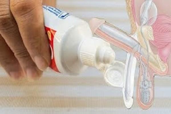 Κάντε μασάζ με οδοντόκρεμα στο πέος σας αμέσως μετά την