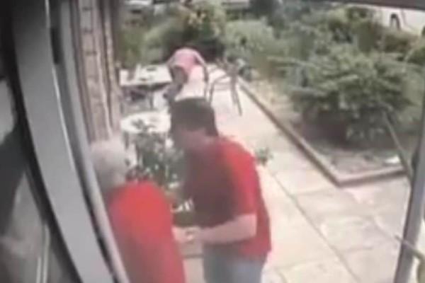 Βίντεο - σοκ: Η στιγμή που γάζωσαν τον Μανώλη Καραγιάννη με καλάσνικοφ στο Παλαιό Φάληρο!