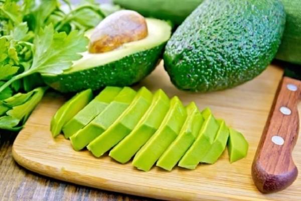 «Σταματήστε να τρώτε αβοκάντο τώρα» προειδοποιούν οι επιστήμονες!