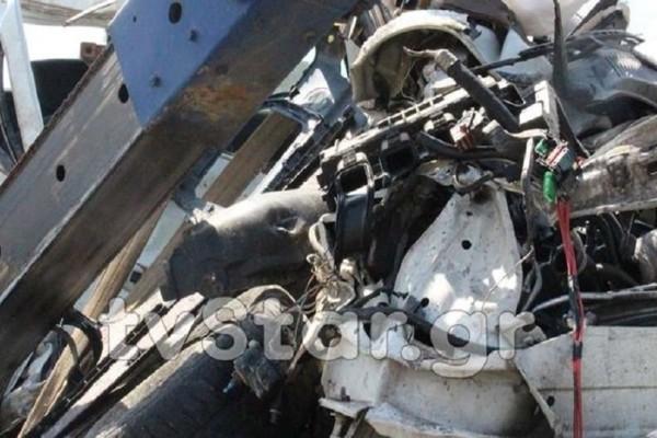 Τραγωδία στον Ορχομενό: Νεκρή μία γυναίκα από σύγκρουση αυτοκινήτου με νταλίκα!
