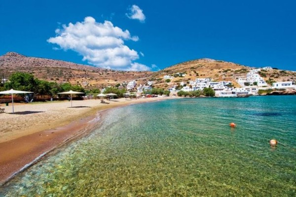 Σε αυτό το πανέμορφο νησί θα κάνετε τις πιο ήρεμες διακοπές σας (photos)