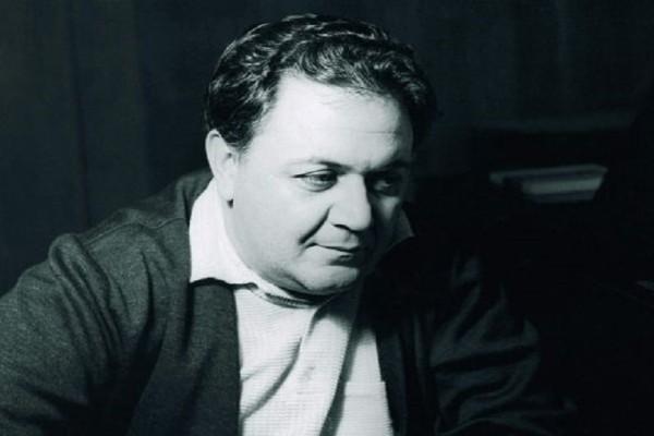 Σαν σήμερα στις 15 Ιουνίου το 1994 πέθανε ο Μάνος Χατζιδάκις