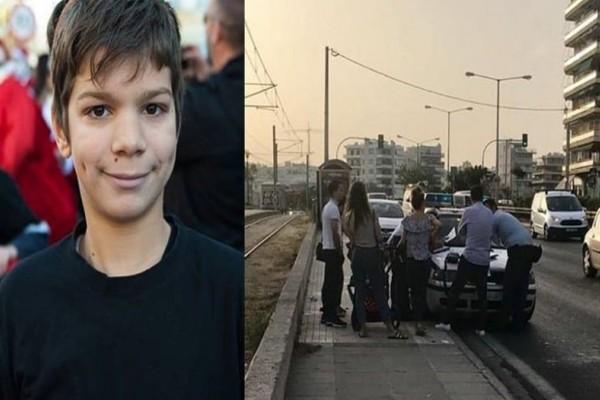 Τραγωδία στον Άλιμo: Σπαραγμός και οδύνη στην κηδεία του 14χρονου Αλέξανδρου! Τραγική φιγούρα οι γονείς του (video)