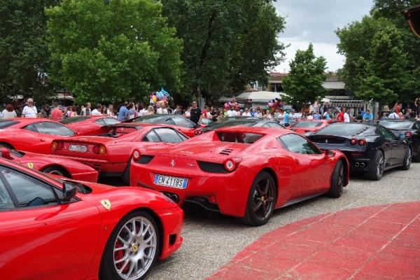 Γιατί γέμισαν Ferrari τα Ιωάννινα; (photos+video)