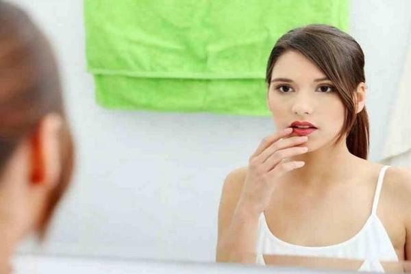 Ακμή: 4 θαυματουργά tips για να εξαφανίσεις τα σημάδια από το πρόσωπο σου!
