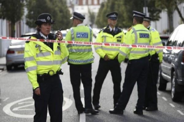 Συναγερμός στο Λονδίνο: Συνελήφθη άνδρας με μαχαίρι!