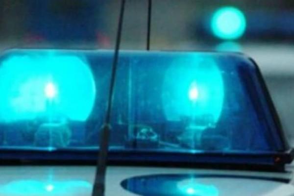 Φρίκη: Μαχαίρωσε την 25χρονη φίλη του στη μέση του δρόμου!