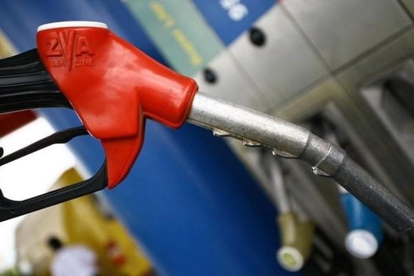 Ανάσα! Πέφτει η τιμή της βενζίνης από σήμερα!