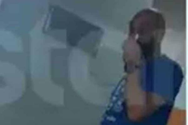 Ήβη Αδάμου - Μιχάλης Κουινέλης: Οι πρώτες φωτογραφίες από το μαιευτήριο και τα δάκρυα! (video)