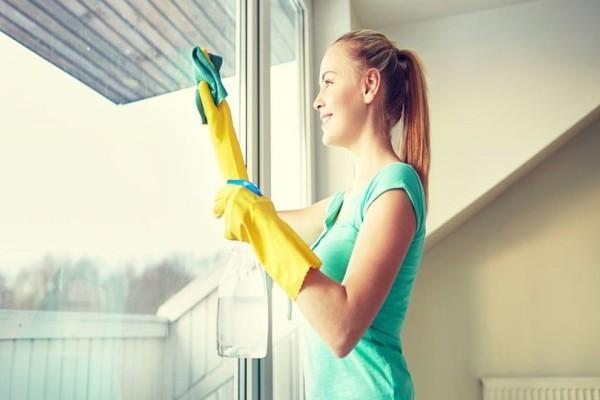 Το έξυπνο κόλπο γα το καθάρισμα του σπιτιού που θα πρέπει να γνωρίζει κάθε νοικοκυρά!