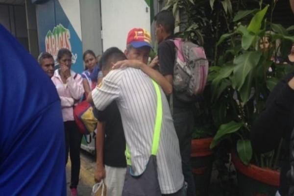 Τραγωδία στο Καράκας: 17 άτομα ποδοπατήθηκαν μέχρι θανάτου σε κατάμεστο κλαμπ!
