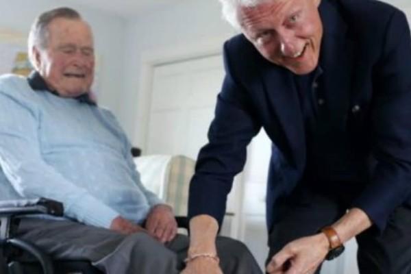Για ποιο λόγο οι κάλτσες του Μπους του πρεσβύτερου... ενθουσίασαν τον Μπιλ Κλίντον;