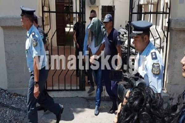 Έγκλημα στη Λέρο: Στις φυλακές Τρίπολης και Θήβας οι βιαστές γονείς!