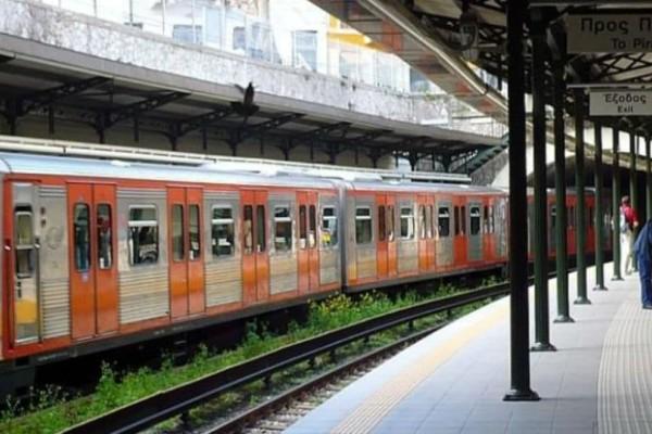 Συναγερμός: Κλειστός ο σταθμός του ΗΣΑΠ στο Μοναστηράκι - Γυναίκα έπεσε στις γραμμές!