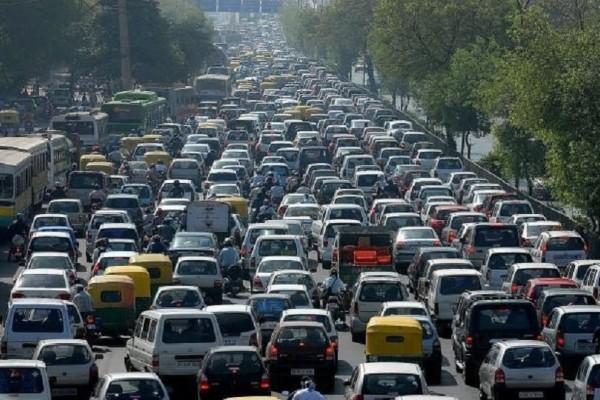 Απίστευτη ταλαιπωρία σήμερα στην Αθήνα: Στάση στα ΜΜΜ, απεργούν τα ταξί!