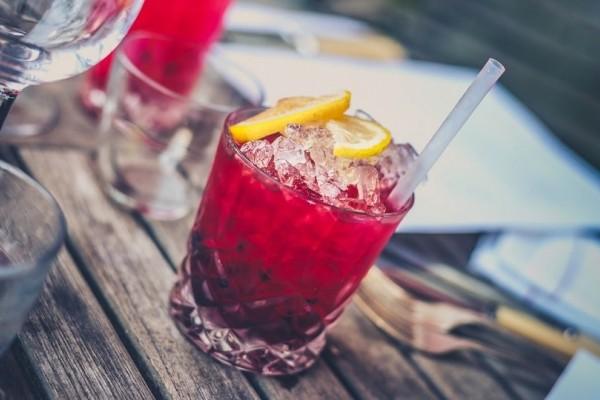 Για απόλαυση χωρίς τύψεις: Αυτά είναι τα αλκοολούχα ποτά που αδυνατίζουν!