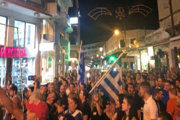 Κρεμάλες στήθηκαν στις Σέρρες για βουλευτές του ΣΥΡΙΖΑ! (videos)