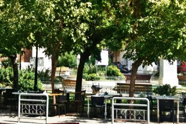 Πλατεία Αγίου Γεωργίου: Τα μαγαζιά - αριστουργήματα στην πιο καλοκαιρινή πλατεία της Αθήνας!