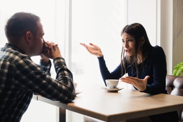Δώστε βάση: Αυτοί είναι οι 7 χειρότεροι τρόποι να χωρίσεις με τον σύντροφό σου!