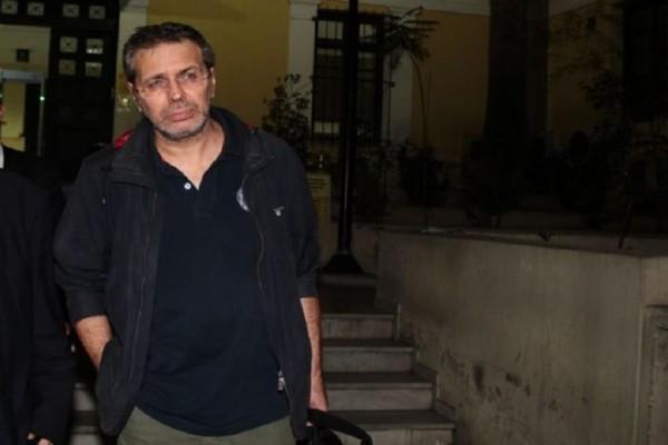 Ποινική δίωξη κατά του Στέφανου Χίου!