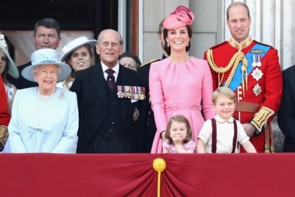 10 πράγματα που σίγουρα δεν γνώριζες για την βασιλική οικογένεια!