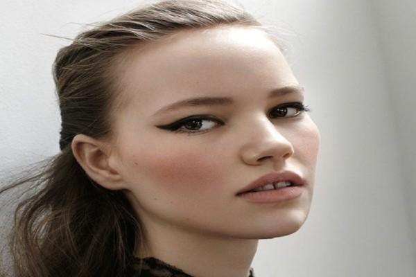 Εσύ θα το τολμήσεις; - Το νέο make up trend που έχει προκαλέσει φρενίτιδα!