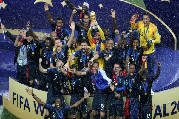 H φωτογραφία της ημέρας: Η Γαλλία Παγκόσμια Πρωταθλήτρια!