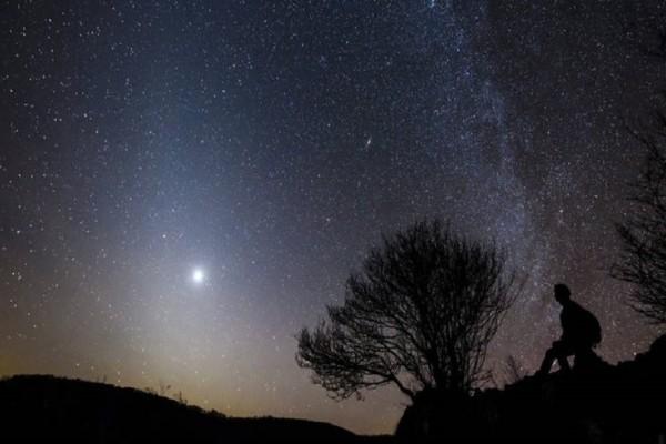 Ιαπωνία: Η εταιρεία που τάζει τον ουρανό με τα άστρα… κυριολεκτικά! (Video)