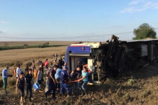 Εκτροχιασμός τρένου: Τουλάχιστον 24 νεκροί!