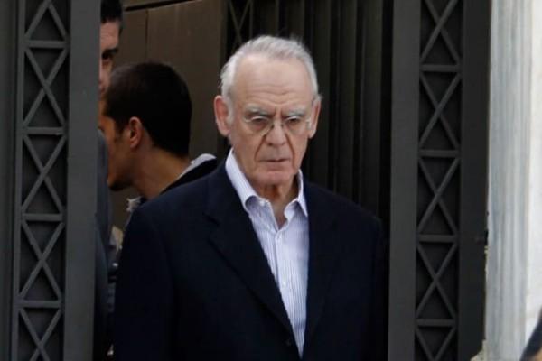 Αποφυλακίζεται ο πρώην υπουργός Άκης Τσοχατζόπουλος