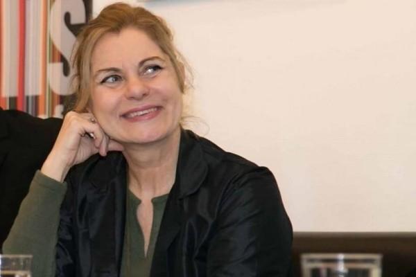 Η ελληνική showbiz αποχαιρετά τη Χρύσα Σπηλιώτη! Τα μηνύματα που συγκλονίζουν! (Video)
