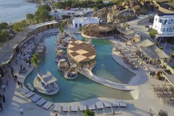 Δείτε την… μεγαλύτερη παραθαλάσσια πισίνα της Ευρώπης που βρίσκεται στην Ελλάδα!