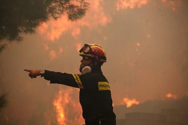 Νέα μεγάλη πυρκαγιά στην Αττική, σε ετοιμότητα σε περίπτωση εκκένωσης ο Δήμος!