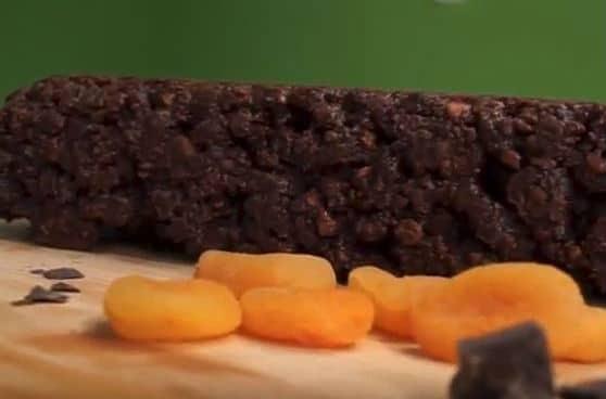 Θες γλυκό αλλά σκέφτεσαι τις θερμίδες; Αυτό είναι το λαχταριστό γλυκό χωρίς ζάχαρη! (video)