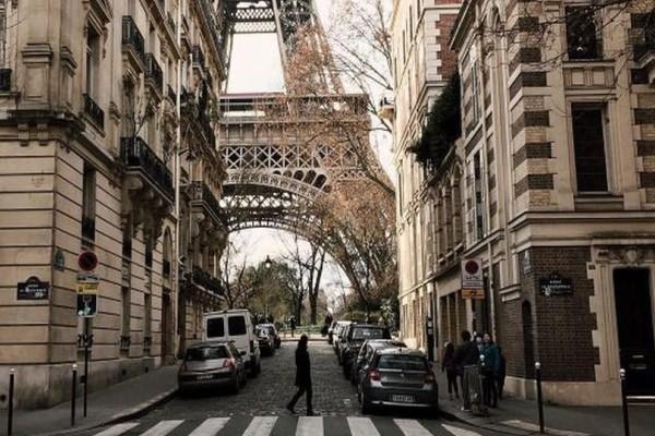 Η φωτογραφία της ημέρας: Στα στενά του Παρισιού!