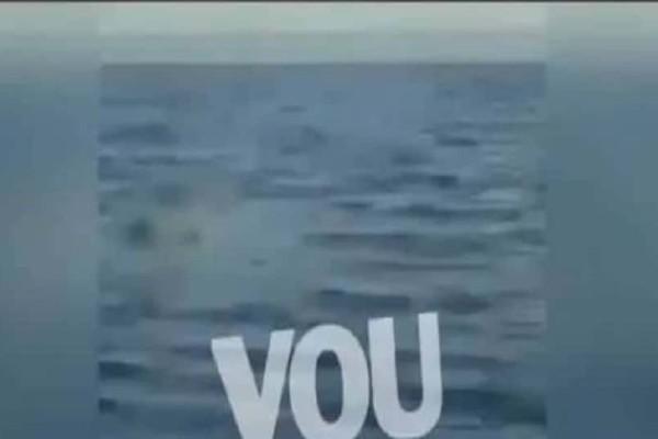 Βίντεο ντοκουμέντο: Η στιγμή που ψαράς εντοπίζει τη σορό γυναίκας στη Γλυφάδα!