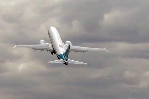 Άκρως εντυπωσιακό: Boeing απογειώνεται σχεδόν κάθετα και το αποτέλεσμα είναι εκπληκτικό! (Video)