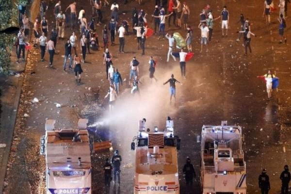 Τραγωδία στην Γαλλία: Δύο νεκροί από τους πανηγυρισμούς για την κατάκτηση του Μουντιάλ!
