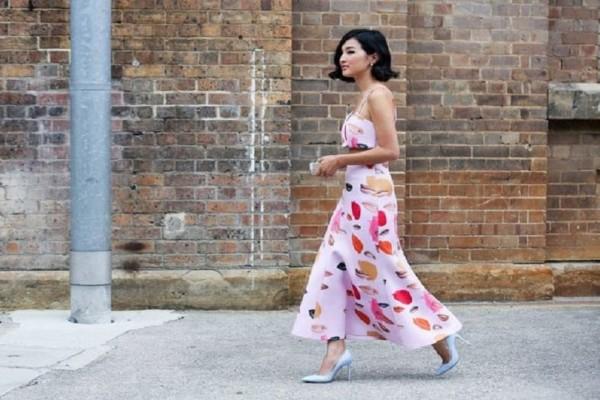 Ζώδια και μόδα: Το καλοκαιρινό ντύσιμο που ταιριάζει στις γυναίκες του ζωδιακού!