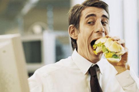Φαγητό στο γραφείο: 6 ιδέες για να τρως υγιεινά στη δουλειά