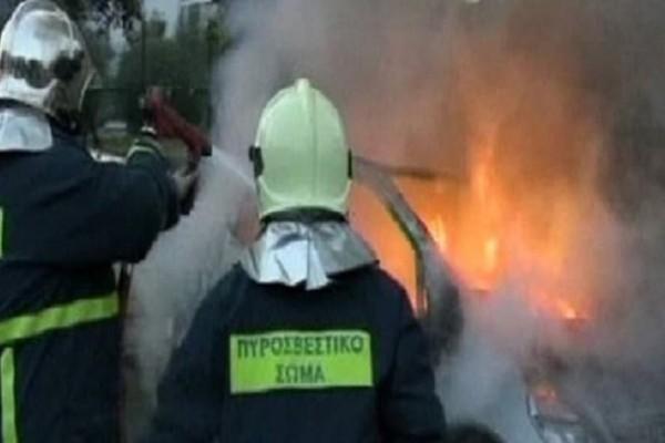 Τραγωδία στη Θεσσαλονίκη: Όχημα πήρε φωτιά, απανθρακώθηκε ο οδηγός!