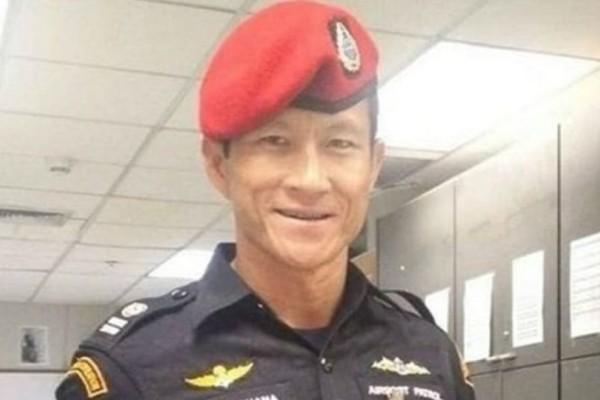 Ταϊλάνδη: Η χήρα του δύτη που έχασε τη ζωή του μέσα στο σπήλαιο πενθεί έναν ήρωα