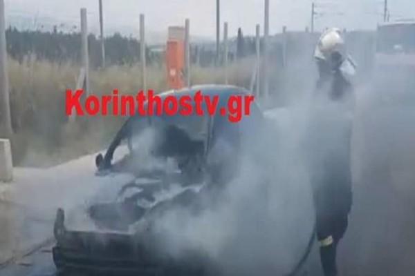 Παρ' ολίγον τραγωδία: «Λαμπάδιασε» ΙΧ εν κινήσει στην Εθνική οδό Κορίνθου - Πατρών