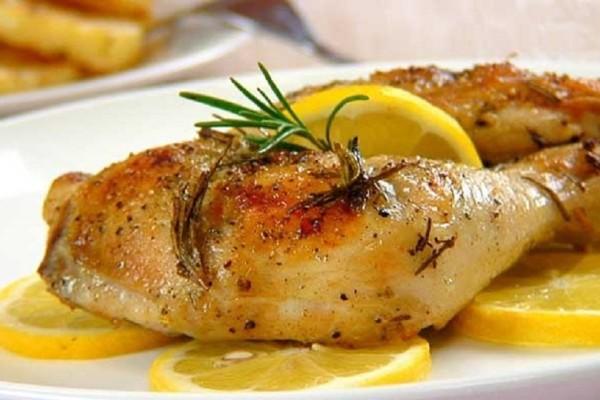 Μία υπέροχη συνταγή: Λεμονάτο κοτόπουλο κατσαρόλας με κολοκυθάκια!