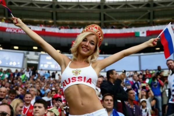 Η FIFA βάζει τέλος στα πλάνα με τις όμορφες γυναίκες! Εμπεριέχουν σεξιστικά χαρακτηριστικά