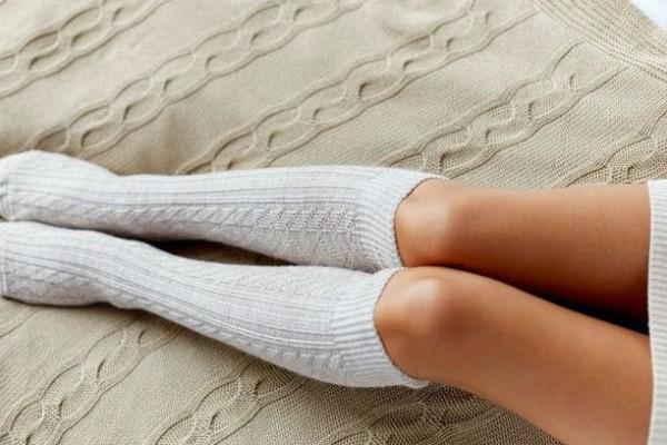 'Εχεις χαμηλό ανοσοποιητικό σύστημα; Βρέξε τις κάλτσες σου με νερό και ξύδι και πέσε για ύπνο φορώντας τις