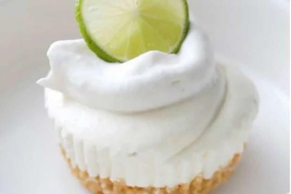 Φτιάξε τέλεια παγωμένα ταρτάκια με lime (video)