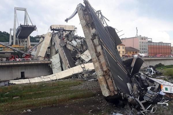Τραγωδία στη Γένοβα: Τους 43 έφτασαν οι νεκροί από την κατάρρευση της γέφυρας!