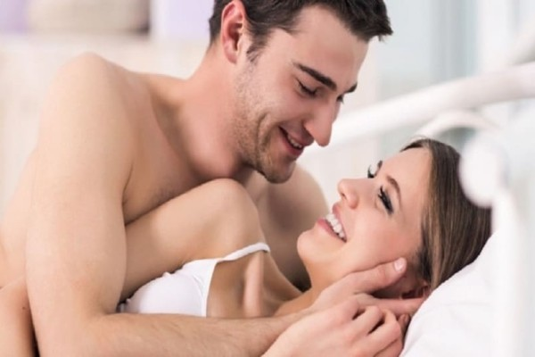 Έχεις αμφιβολίες αν σε βλέπει σοβαρά; 5+1 σημάδια ότι δεν σε θέλει μόνο για το κρεβάτι!