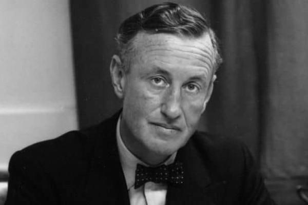 Σαν σήμερα, 12 Αυγούστου το 1964 πέθανε ο δημιουργός του Τζέιμς Μποντ!